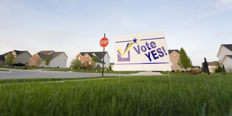 Political yard signs raise votes by about 2 percent